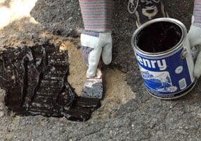 repair asphalt driveway pothole emulsion