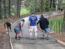 installing concrete driveway