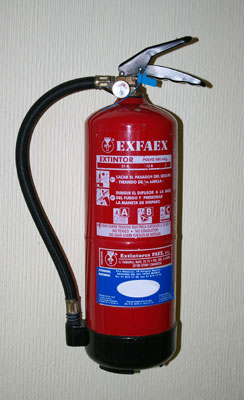 home-emergency-prepare-fire-extinguisher