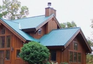 Steel metal roof takes advantage of a broad color range. Photo: Met-Tile (McElroy Metal, Inc.)